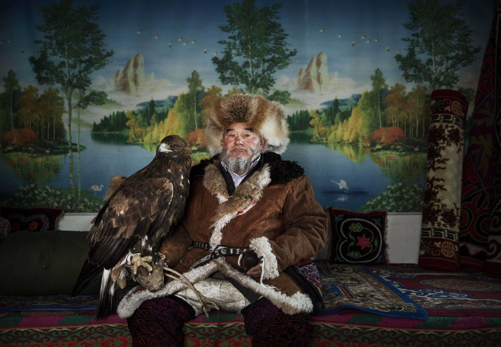 China's Kazakh Minority Preserve Culture Through Eagle Hunting in Western China. © Kevin Frayer, Canada, Winner Profesional Environment, 2016 Sony World Photography Awards