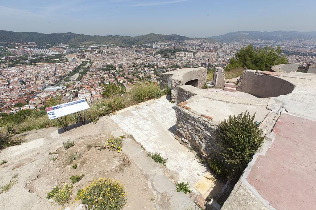 Bunkers del Carmel, Barcelona | ©By Districte d'Horta Guinaró / Wikimedia Commons