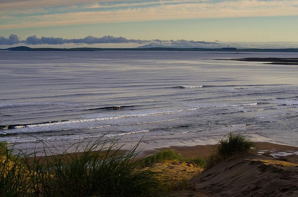 Early morning vista of the Atlantic Ocean from Strandhill dunes | © Niallio77/WikiCommons