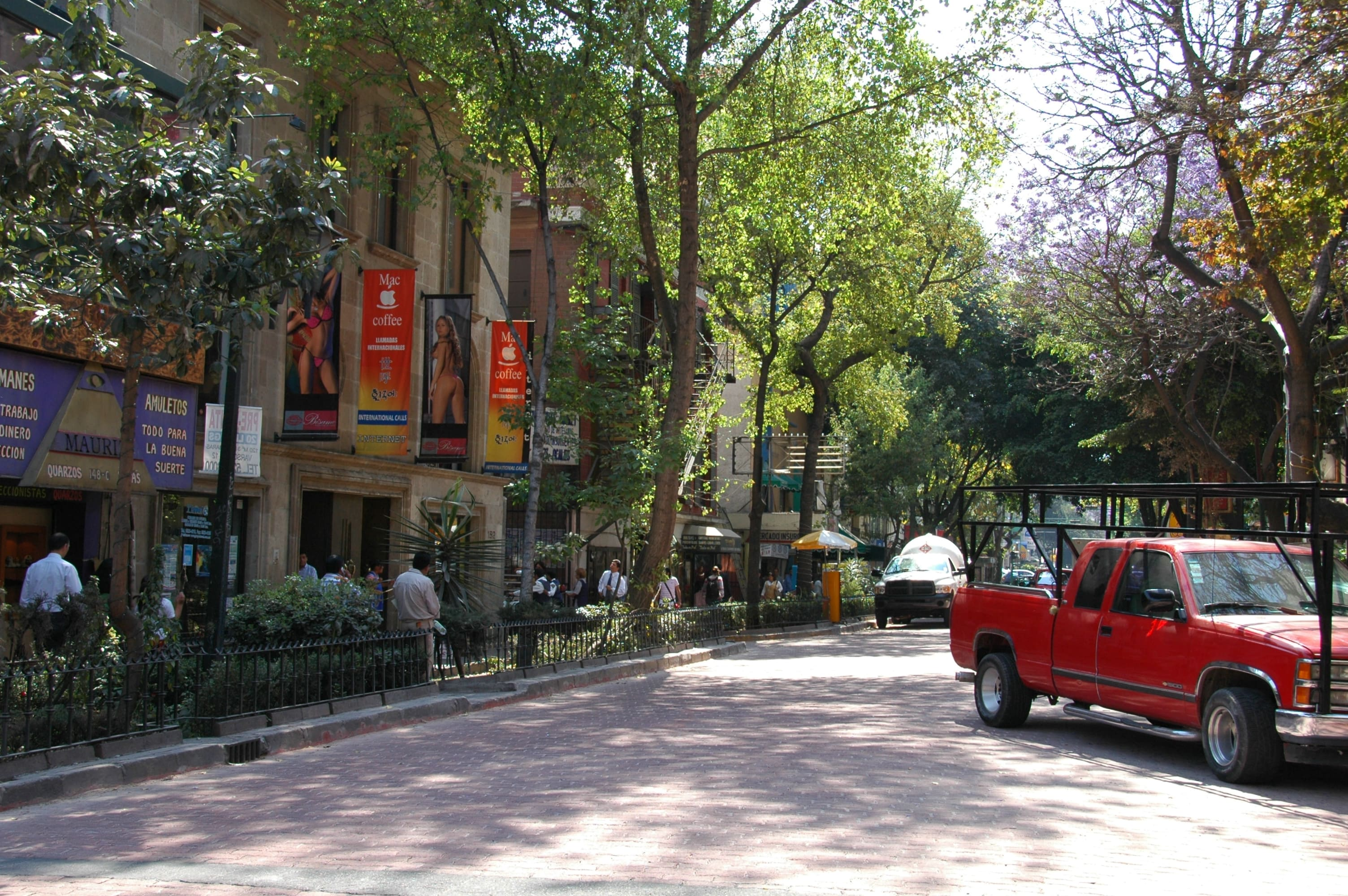 Where To Shop In The Zona Rosa Mexico City