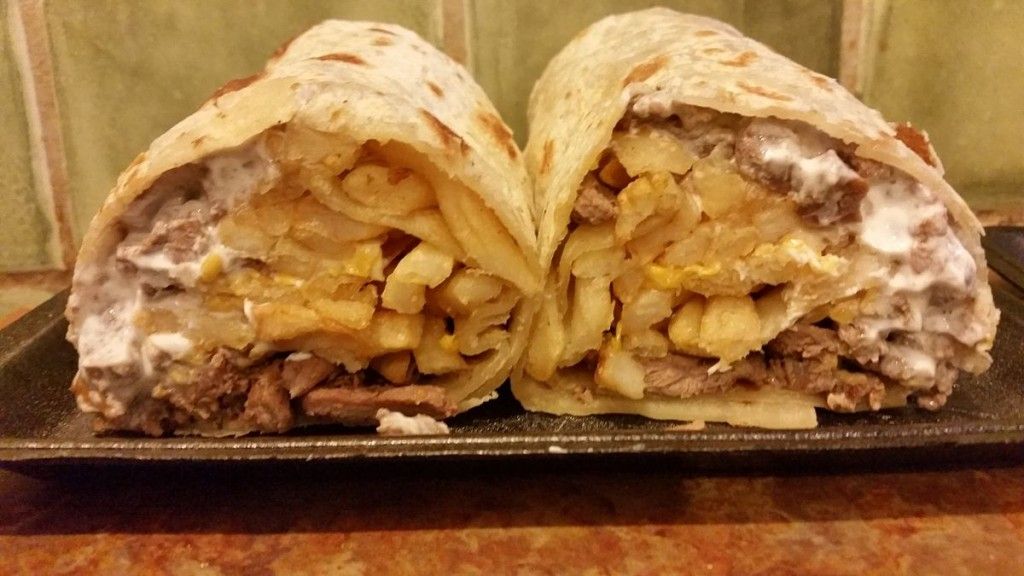 California burrito © RightCowLeftCoast/Wikipedia