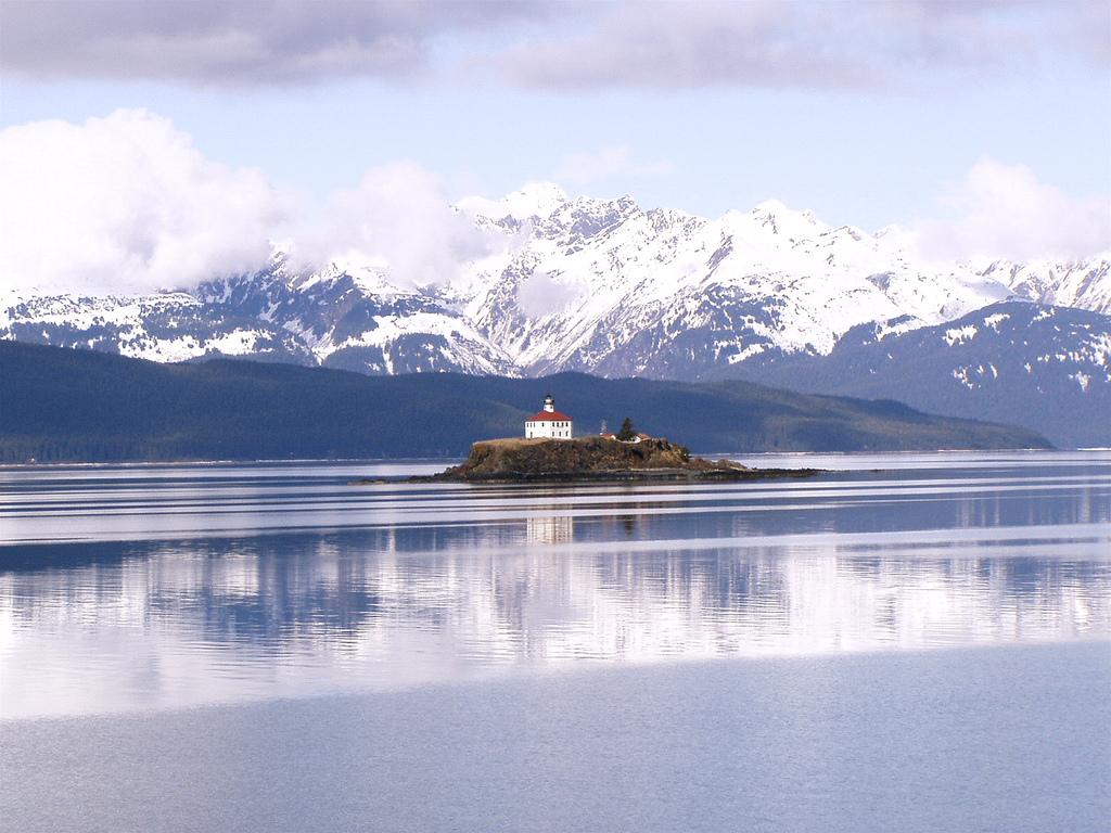 Eldred Rock Lighthouse | ©Joseph/Flickr