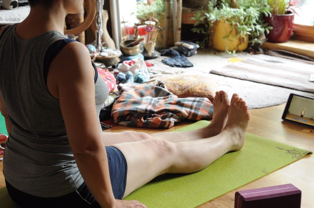 Yoga practice | © distilfliege/Flickr