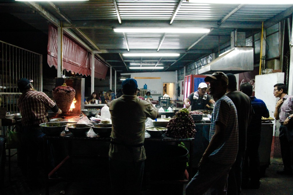 Late night taco stand | © justanotheroneofthemphotoblogs/Flickr