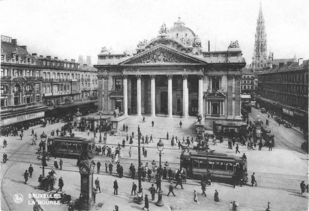 1920s: the Brussels stock exchange, also the center of the city's blooming tram network | Wikimedia Commons/public domain