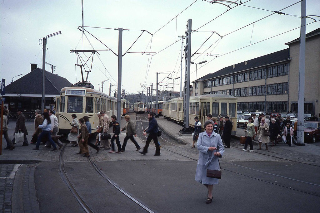 1982: the old pale yellow trams of Ostend, just before they were replaced | © smiley.toerist/Wikimedia Commons