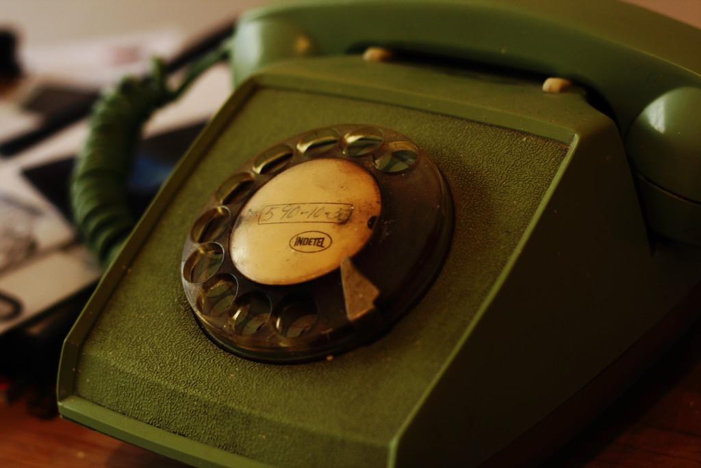 Retro phone | © Esparta Palma/Flickr