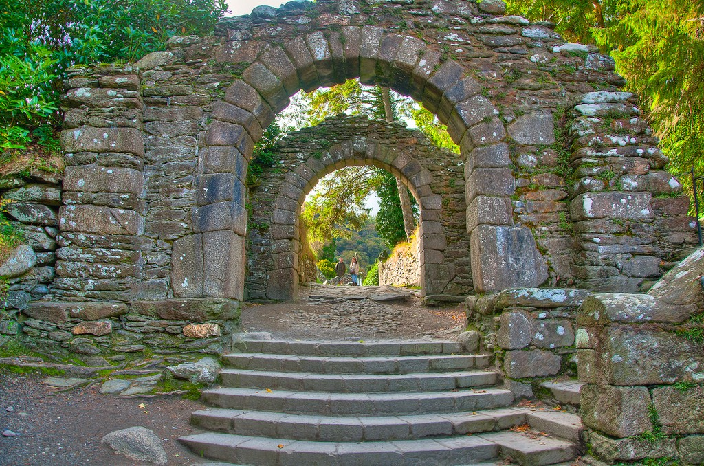 Gateway to Glendalough | © Larry Lamb/Flickr
