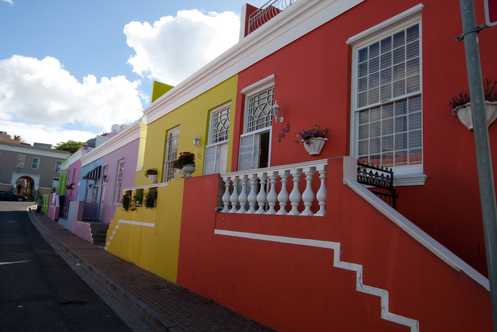 Colorful houses in the Bo-Kaap, Cape Town © Jeremie R/Flickr