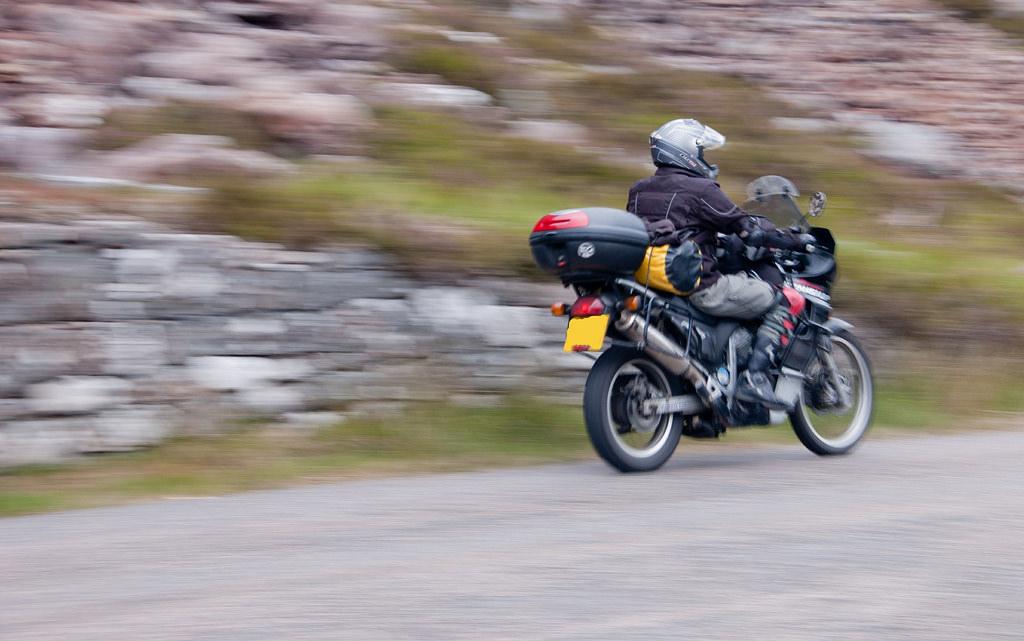 Motorcycling In Scotland | © ciukes/Flickr