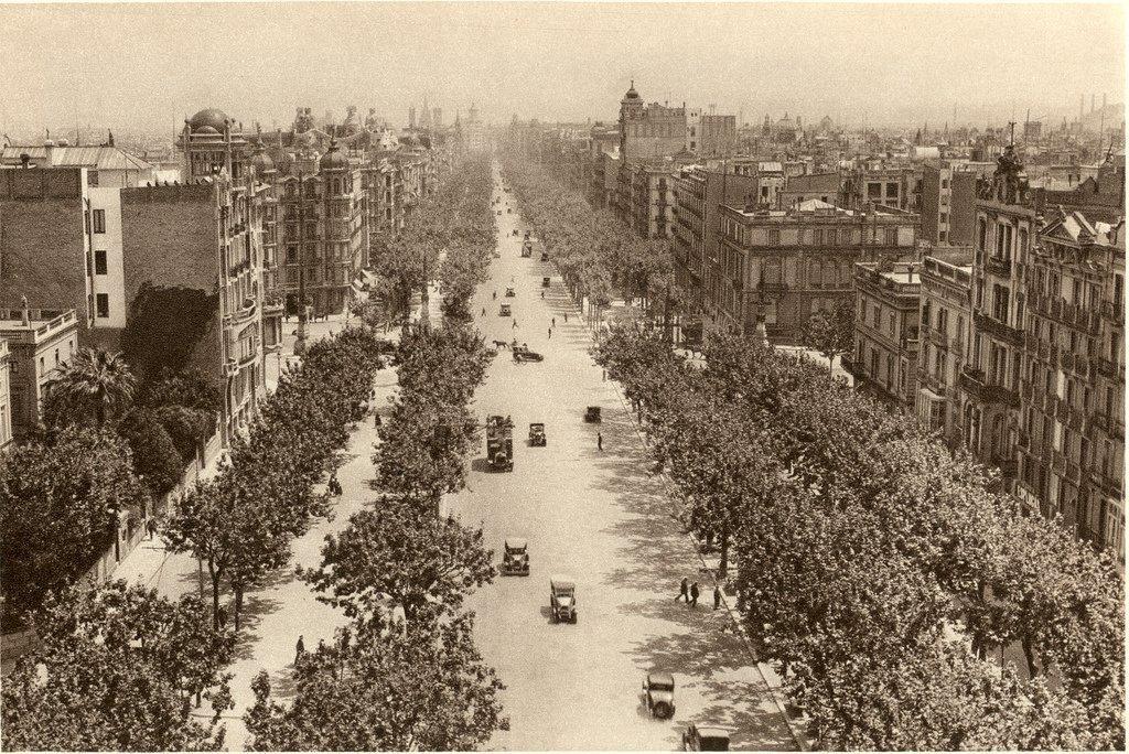 The Passeig de Gràcia in 1928 | © Xavier Caballe