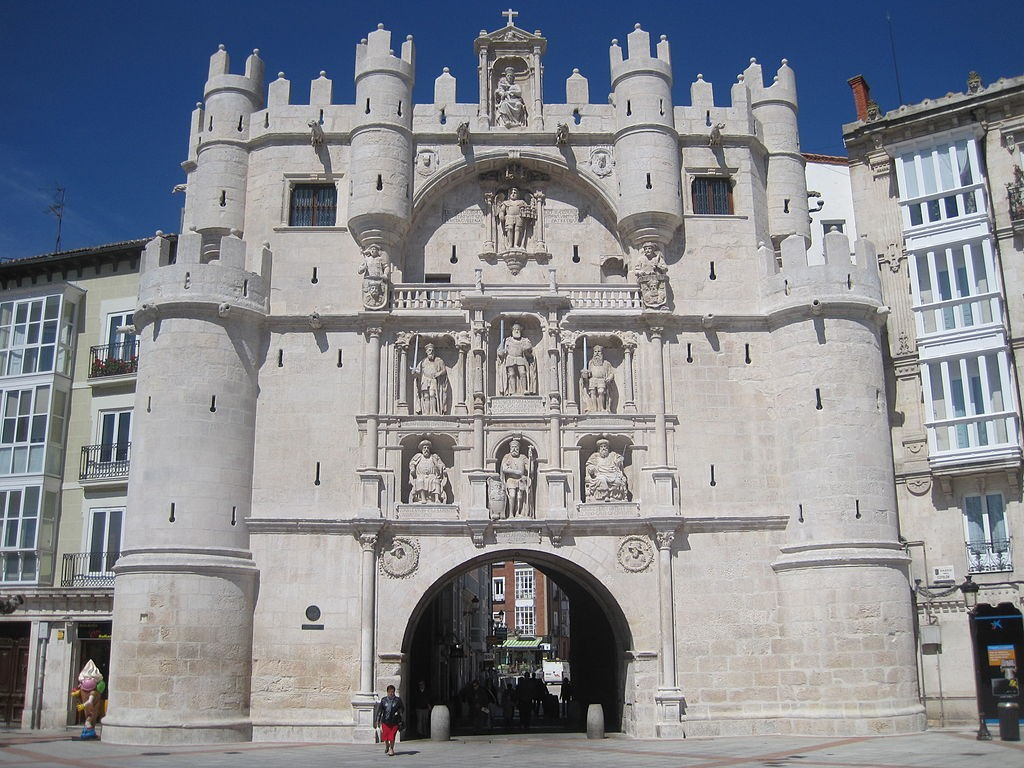 Arco de Santa Maria, Burgos | ©Eltitomac / Wikimedia Commons