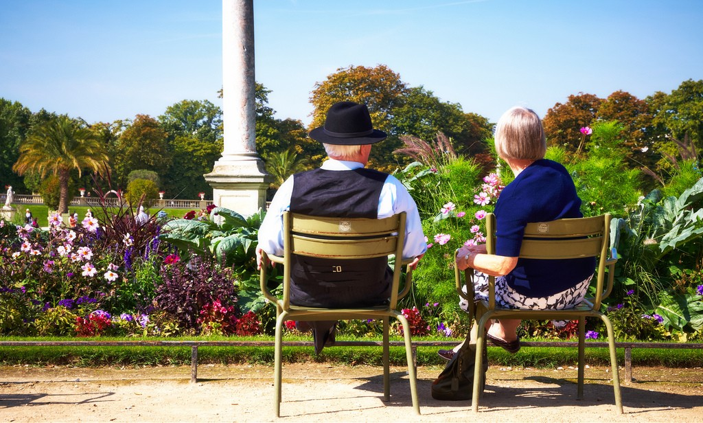 Elderly couple│© Moyan Brenn