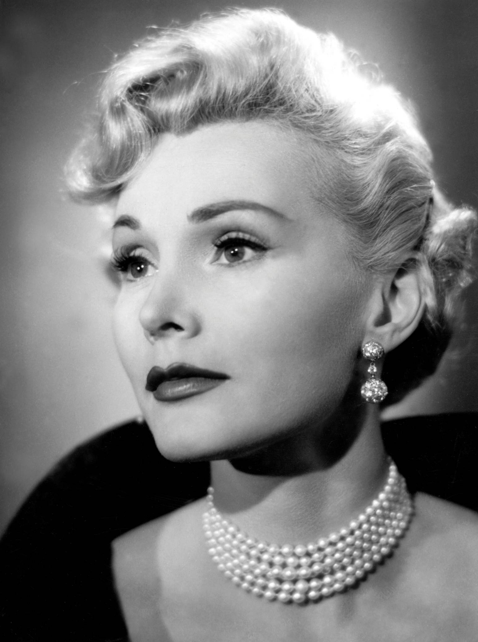 Zsa Zsa Gabor Quotes Nine Memorable Quotes That Zsa Zsa Gabor Gave The World