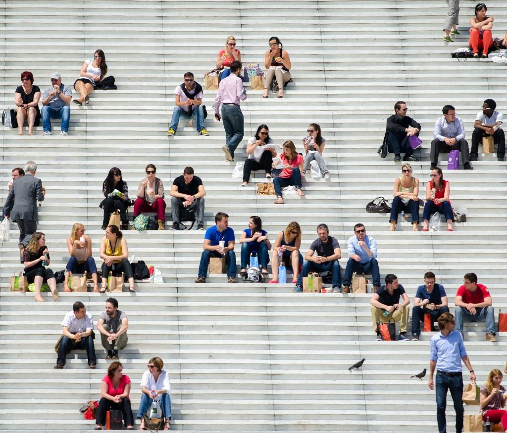 Lunchbreak at La Défense │© Shepard4711