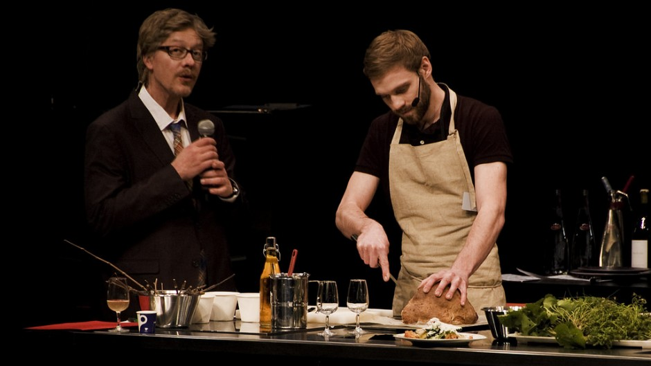 Sven Chartier, Head Chef and Co-owner at Saturne, at a live cooking show │© Tavallai