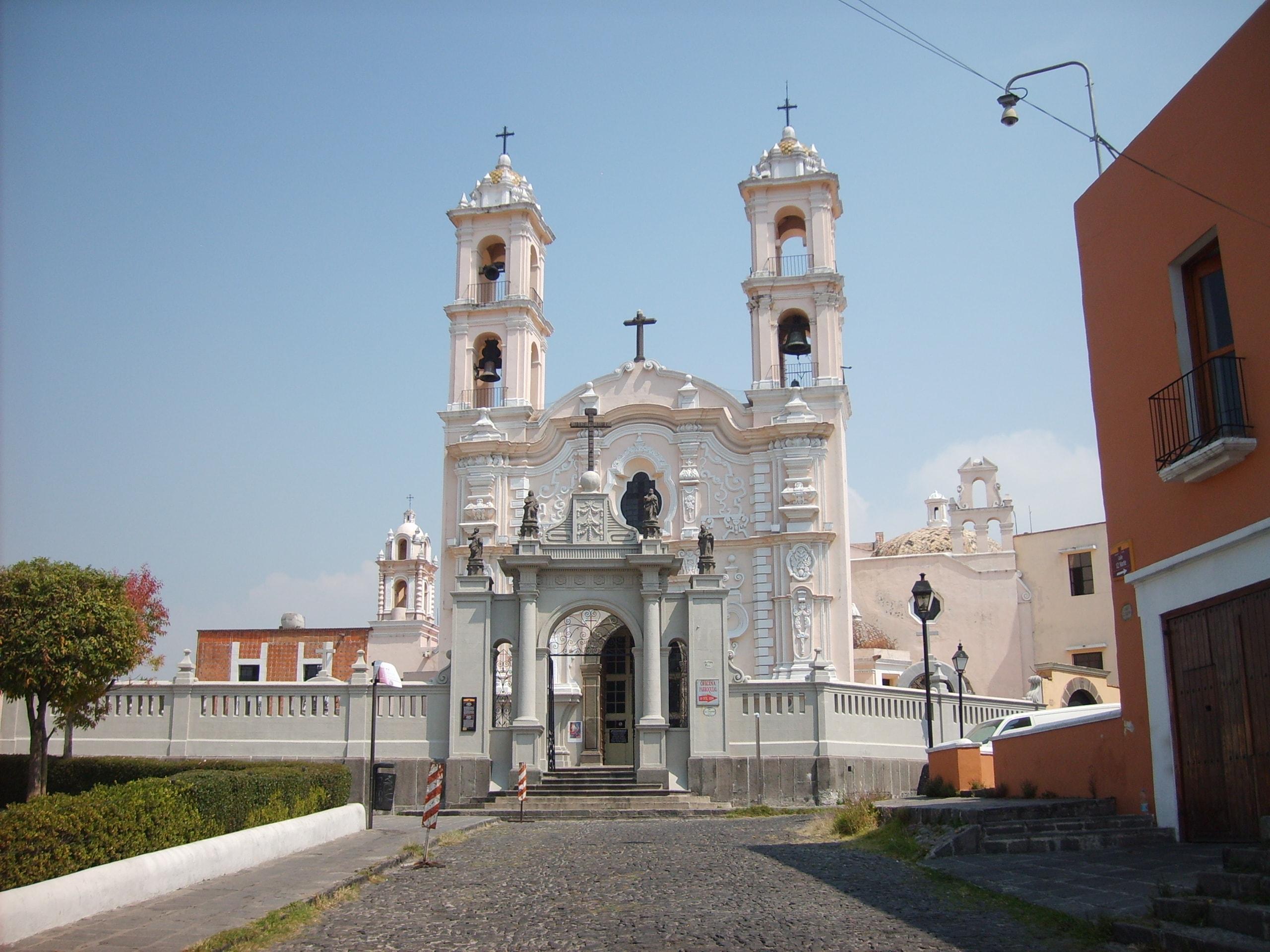 Fachada de la iglesia del Alto