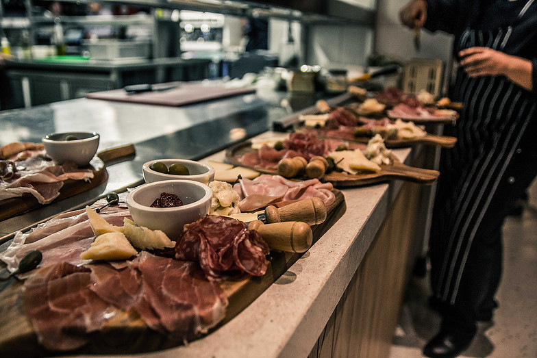 Cheese and cold meat platters at Villa 47 © Courtesy of Villa 47