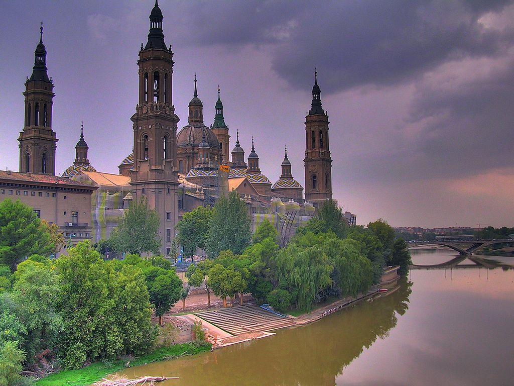 Zaragoza, Spain | ©Willtron / Wikimedia Commons