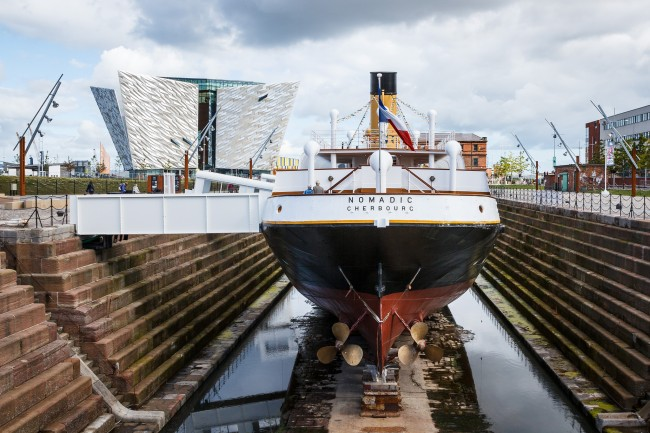 SS Nomadic and Titanic Belfast | © Nico Kaiser/ Flickr