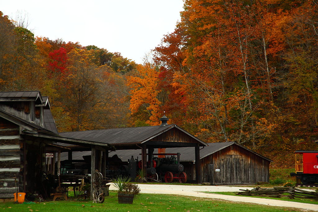 Heritage-farm-old-fashioned-town-wv-pub - West Virginia - ForestWander | © ForestWander/WikiCommons