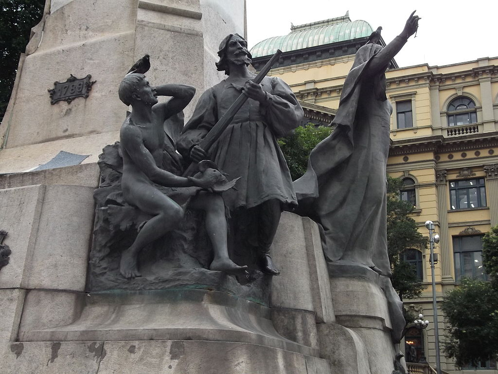 Statue dedicated to Floriano Peixoto |© Eugenio Hansen/WikiCommons
