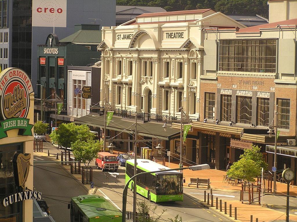 Courtenay Place, Wellington | © Wikimedia Commons