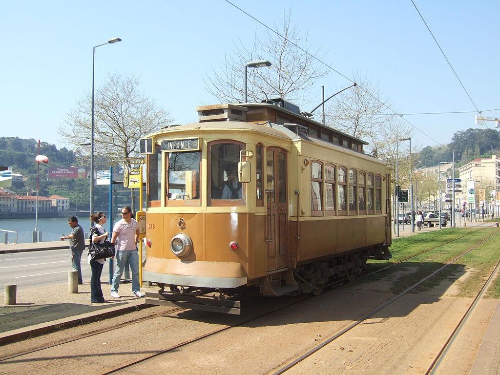 Trams de Porto © Alain GAVILLET / Wikimedia Commons