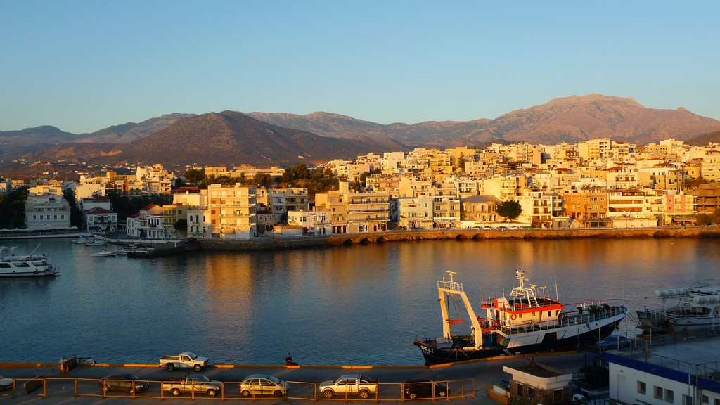 View of Agios Nikolaos, Crete │© Neil Thompson/Flickr