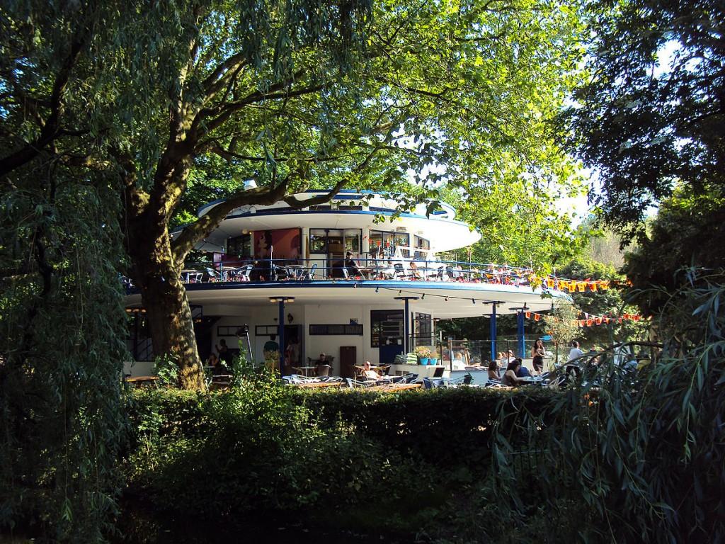 t Blauwe Theehuis in Vondelpark | © Jvhertum / WikiCommons