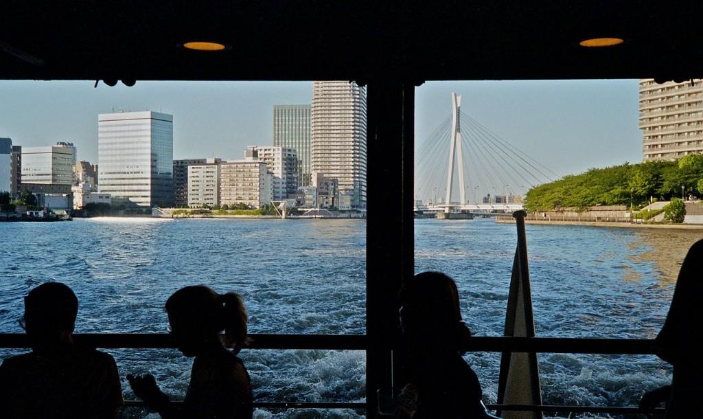 View from a water bus | © Ryoichi Komatsu/WikiCommons