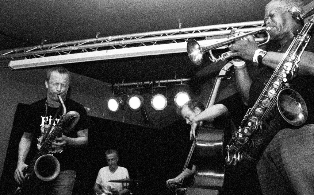 Musicians At Glad Café | © Greg Neate/Flickr