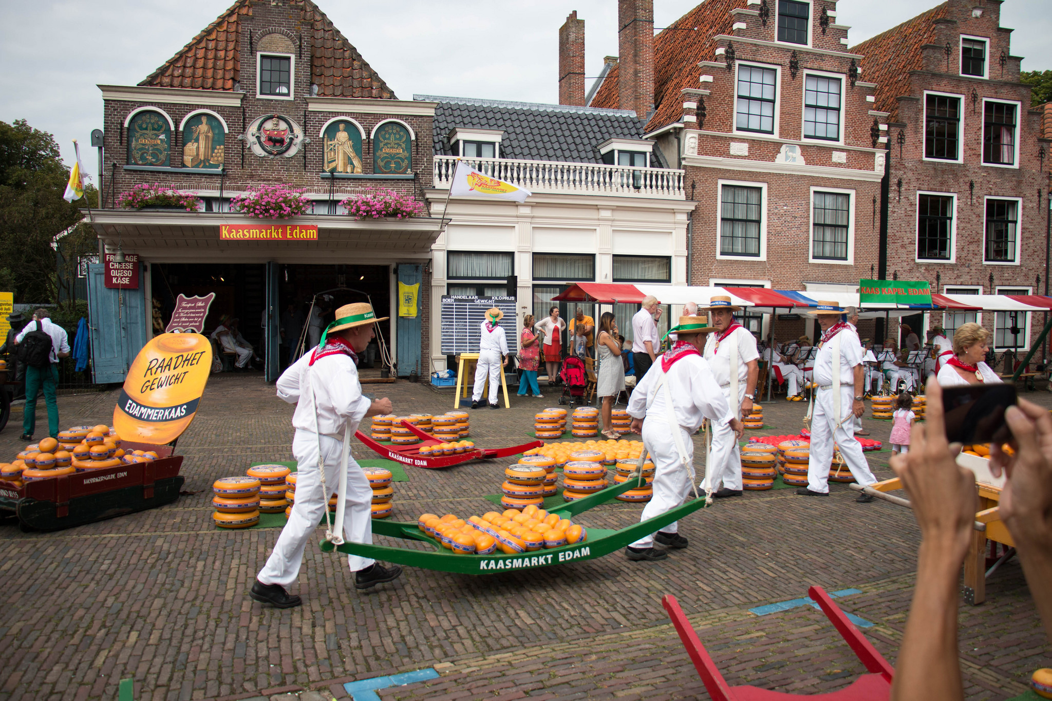 The cheese market in Edam | © Philip Cotsford/Flickr