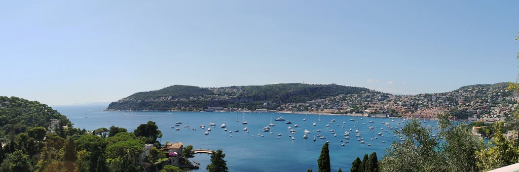 Nice's Castle Hill offers amazing panoramas of the entire bay and city | © Aliosha Bielenberg/flickr