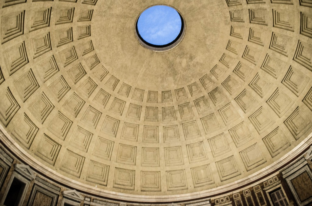 Pantheon dome and oculus | © Stizod/Flickr