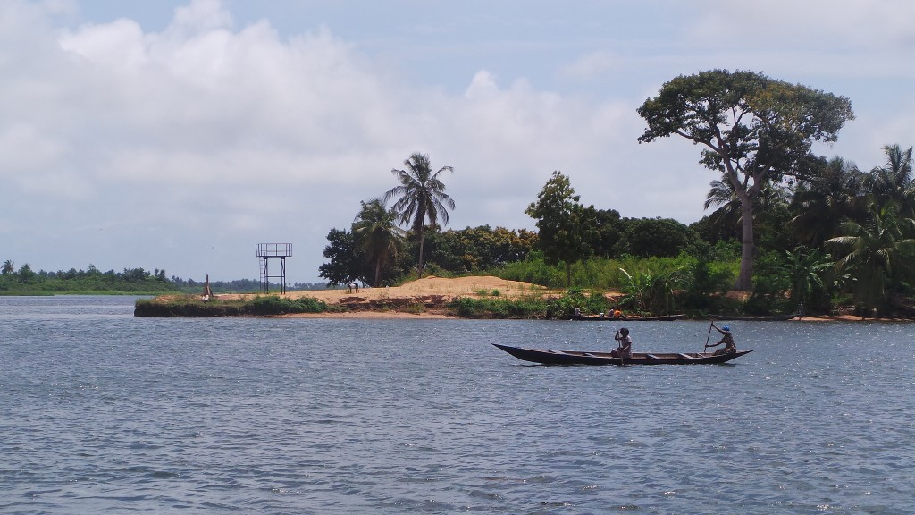 Lake Bosomtwi   © MinaLegend / Flickr