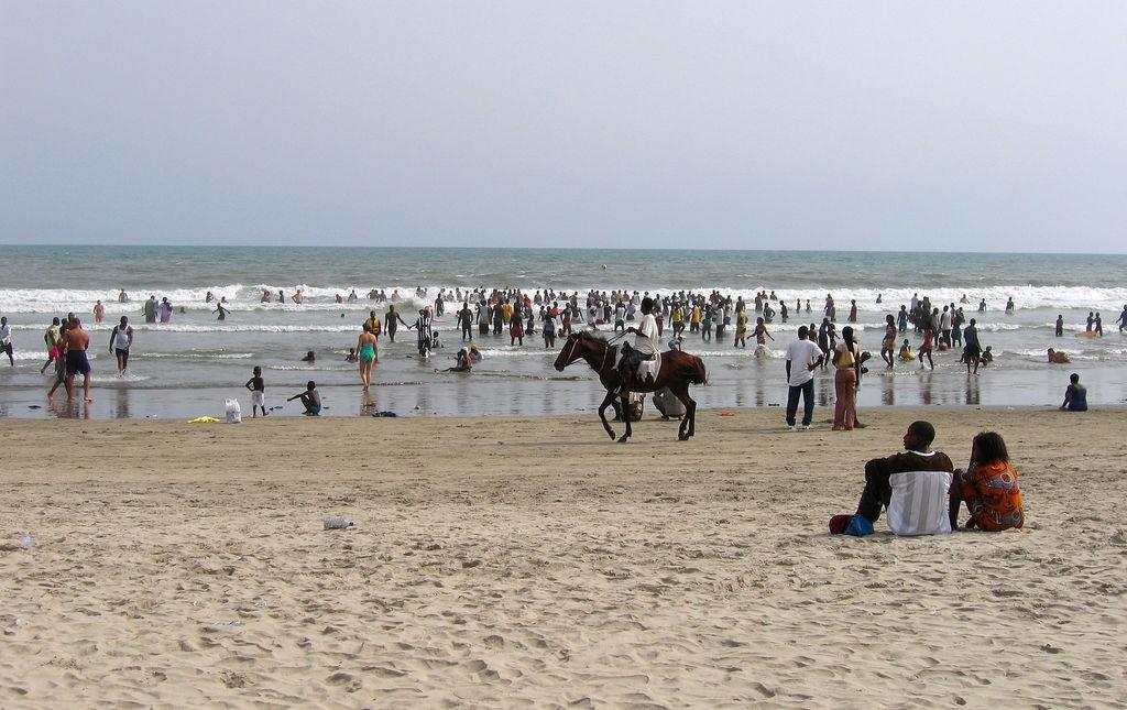 Beachgoers at Labadi beach | © Stig Nygaard / Flickr