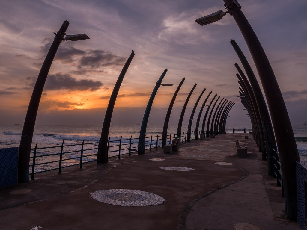 The whale bone pier at Umhlanga's promenade|© South African Tourism/Flikr