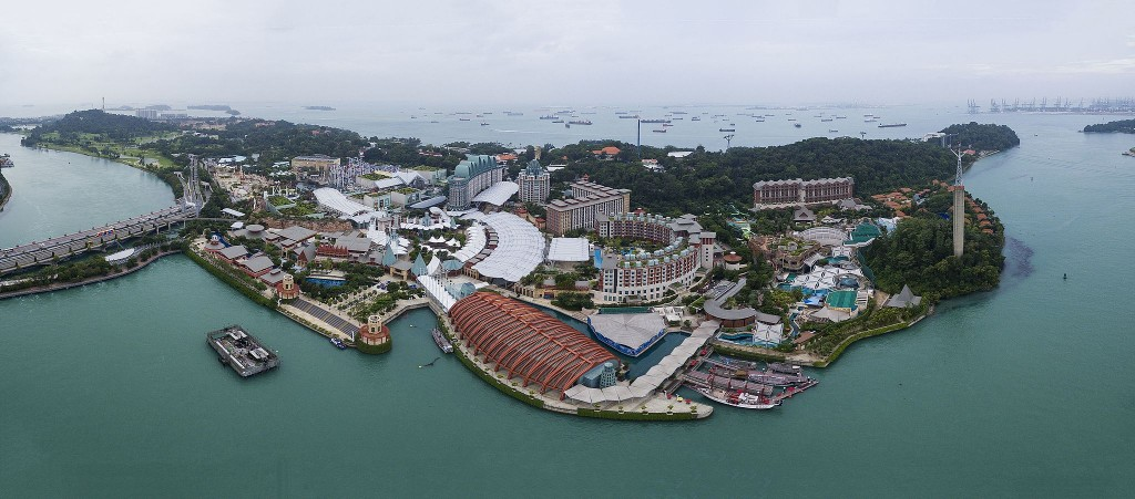 The best way to enjoy Sentosa is on foot   © Chensiyuan/WikiCommons