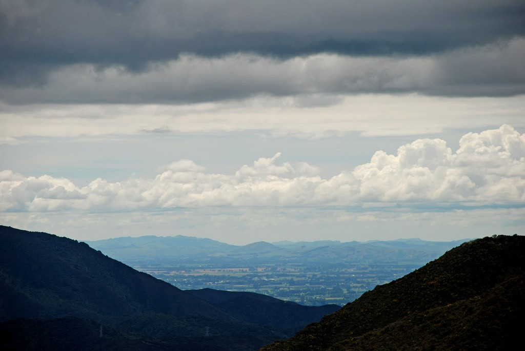 Wairarapa from Rimutaka summit | © Phillip Capper/Flickr