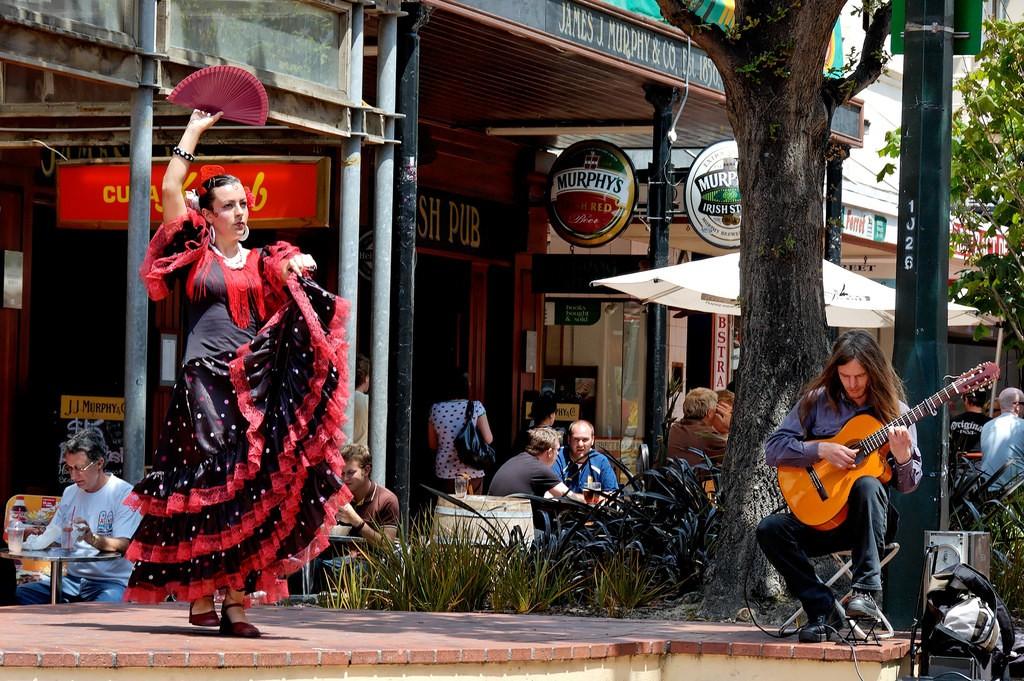 Flamenco Dancer in Cuba St, Wellington | © Mike Harre/Flickr