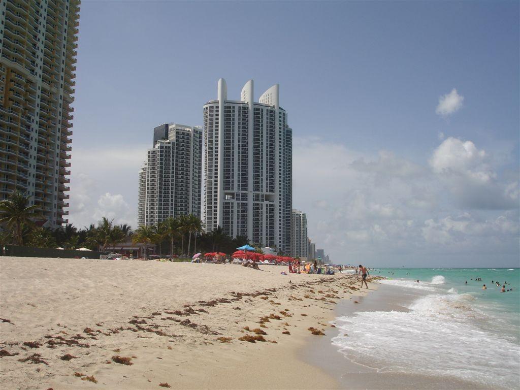 Sunny Isles Beach | Bryan Anthony/Flickr