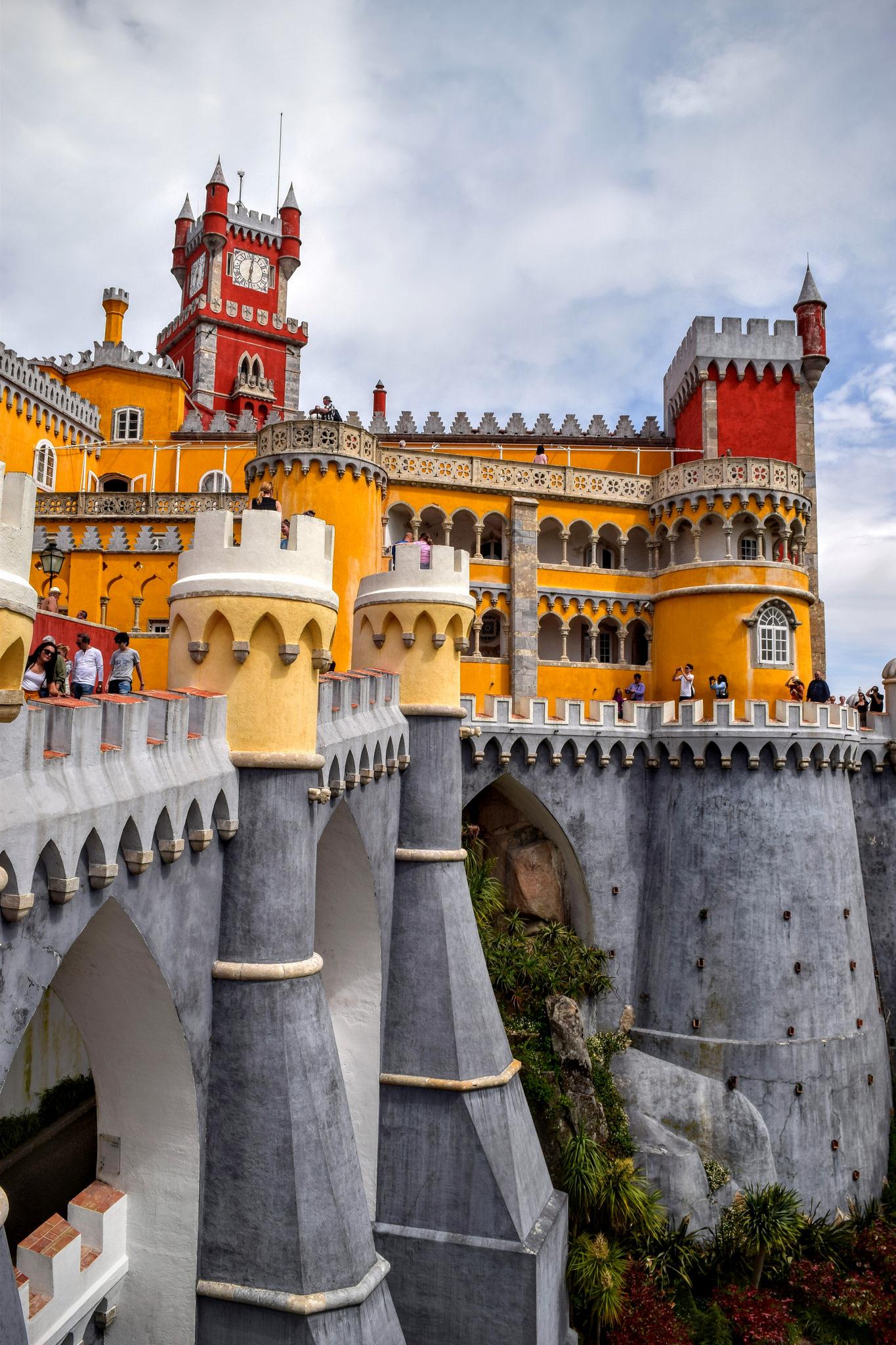 Bildergebnis für Palácio Nacional da Pena