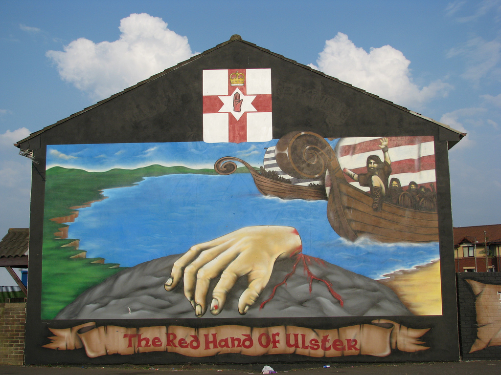 Red Hand of Ulster Mural | © Stuart Caie/ Flickr