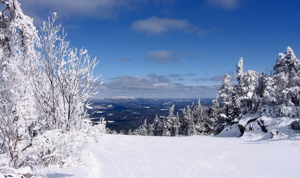Mount Sunapee with Lots of Snow | © Kelsey Ohman