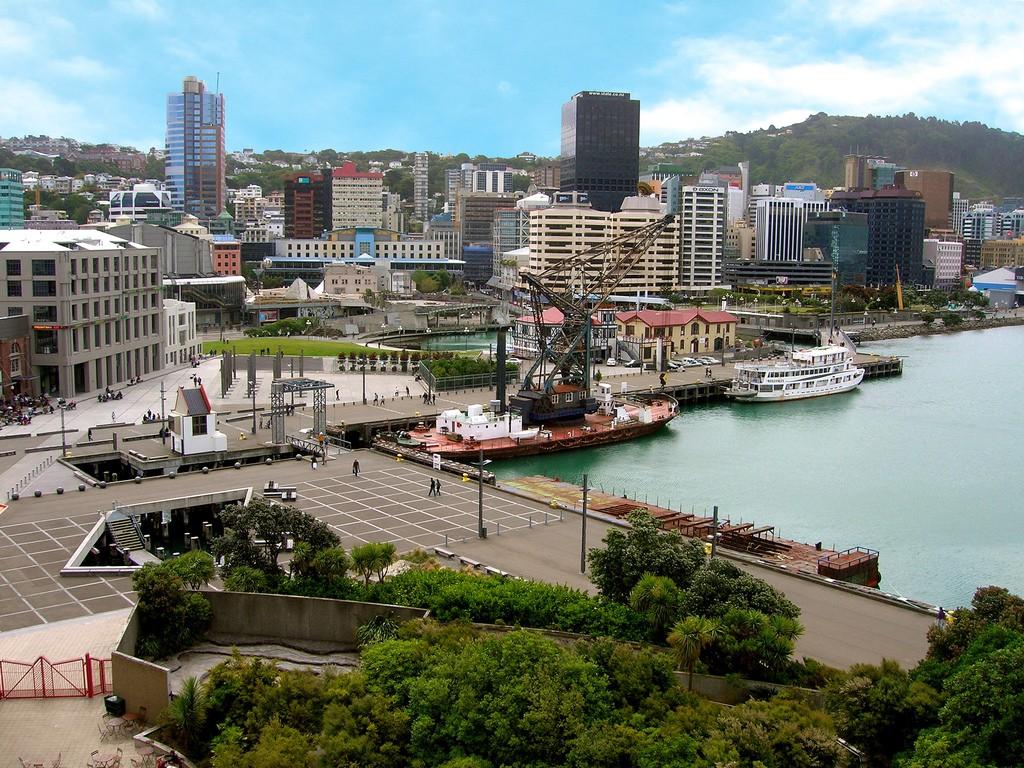 Wellington Waterfront   © rytc/Flickr