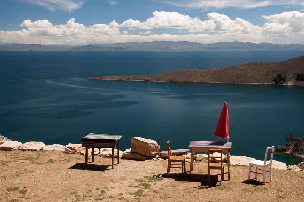 Restaurant on the Sun Island | © bjaglin/Flickr