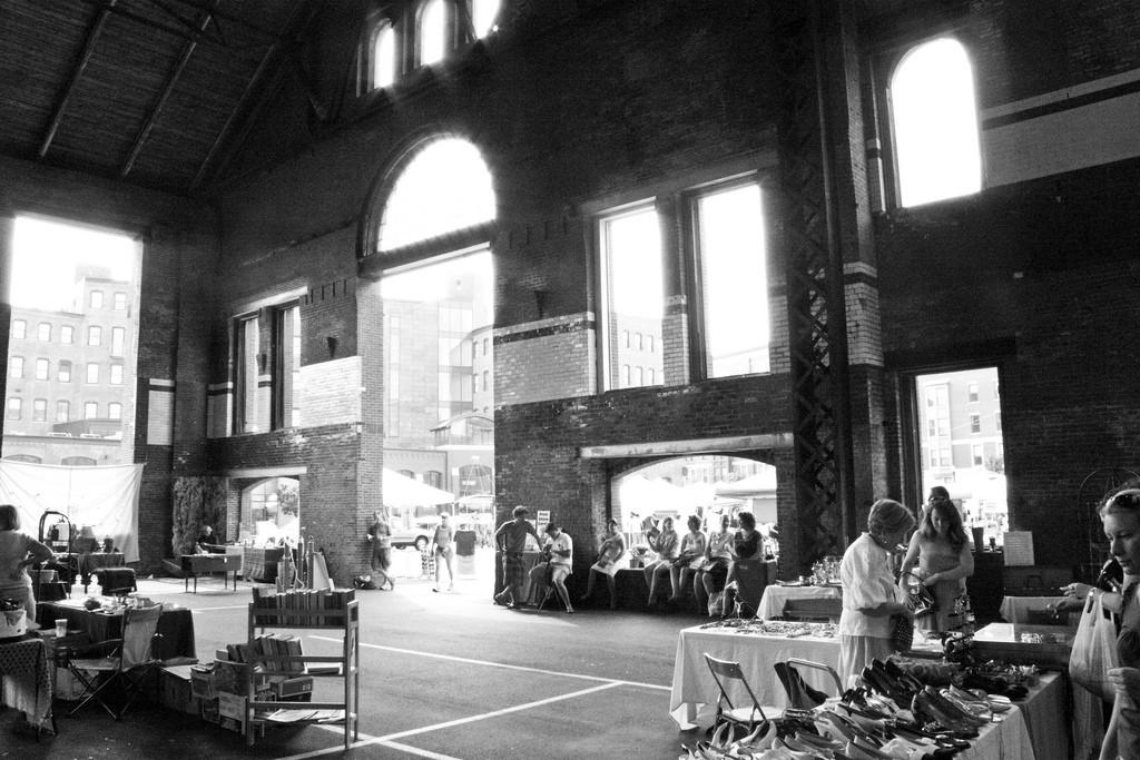 SoWa Antiques Market | © Jon Collier / Flickr