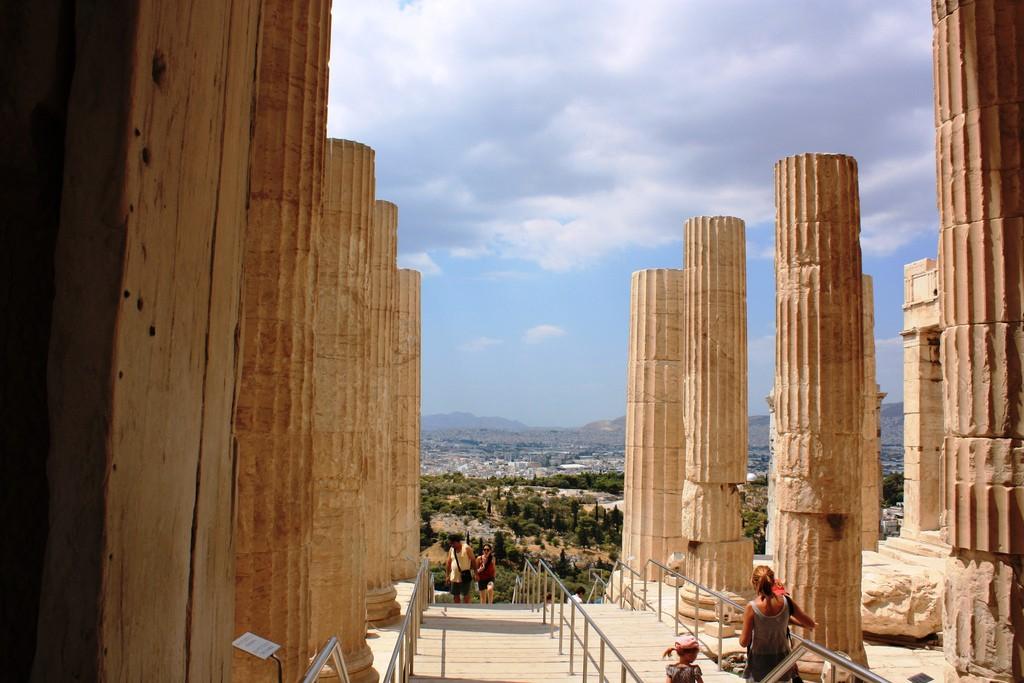 Acropolis' propylaia | © Christos Loufopoulos/Flickr