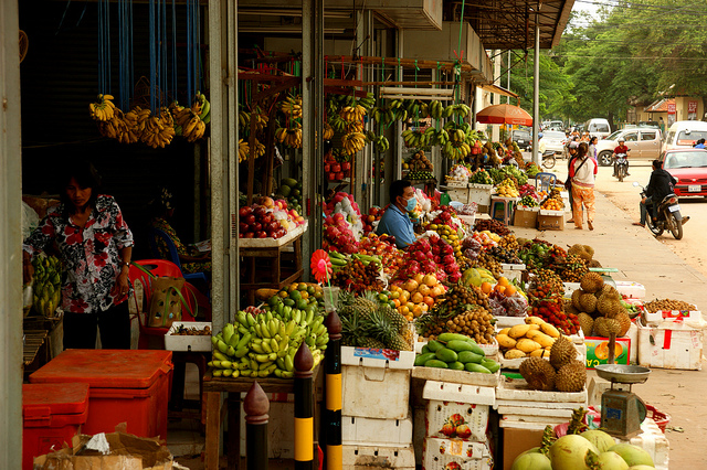 A colourful array of tropical fruits is sold at one of Cambodia's many roadside stalls | © Allie Caulfield/Flickr www.flickr.com/photos/wm_archiv/